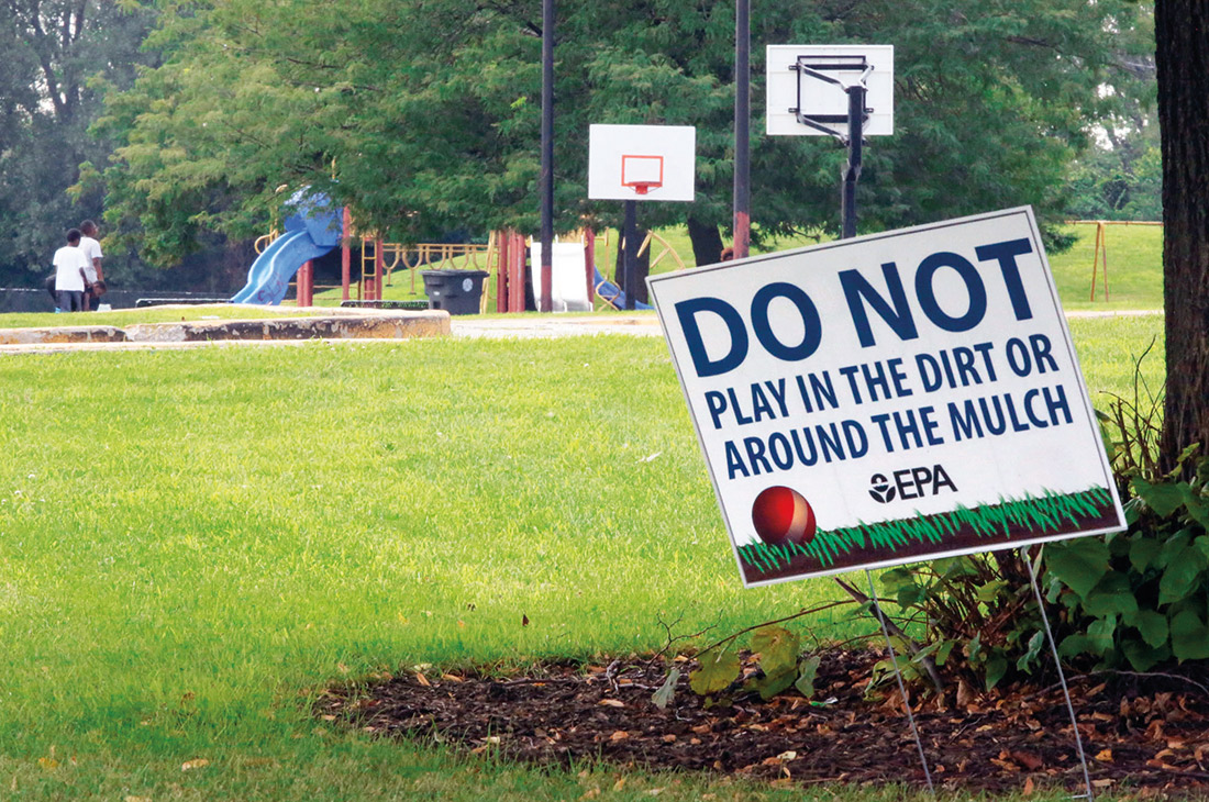 EPA playground sign: Do Not play in the dirt or around the mulch